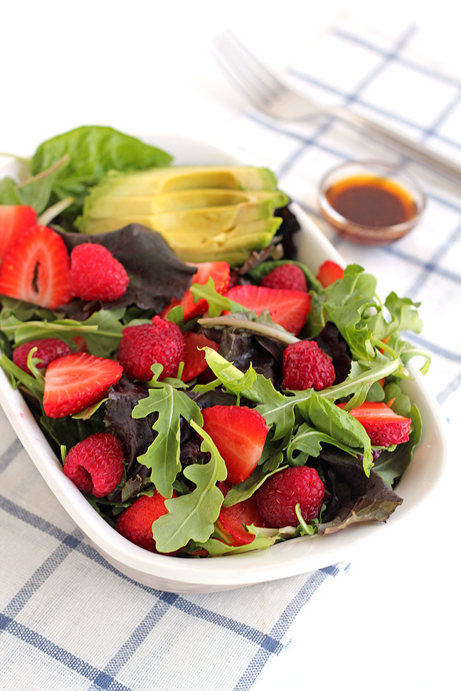 Berry Salad with Sweet Chipotle Dressing