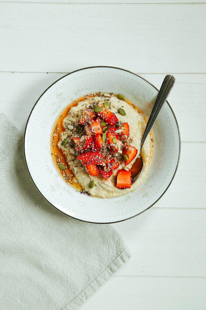 Vanilla Bean Porridge with Super Seeds