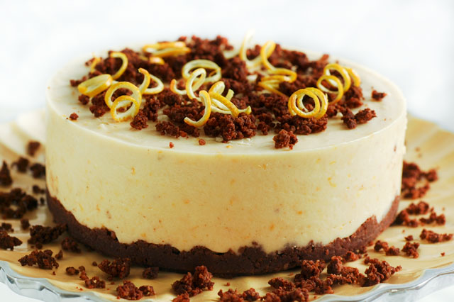 Raw Orange Chocolate Cheesecake